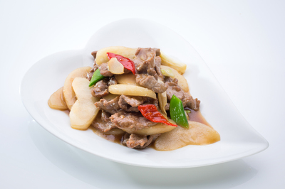 Stir-Fried Beef with Pears
